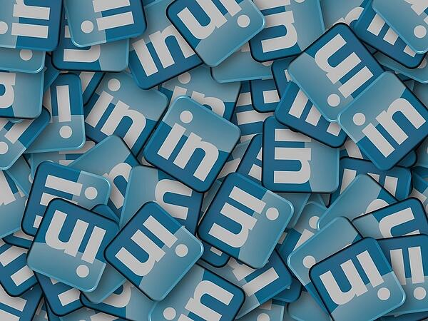 linkedin-is-available-for-scouts