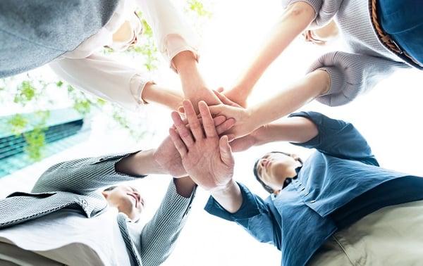 team-one-circle